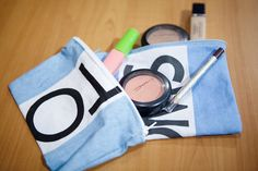 Toms make up bag...I NEED to do this with my flags!
