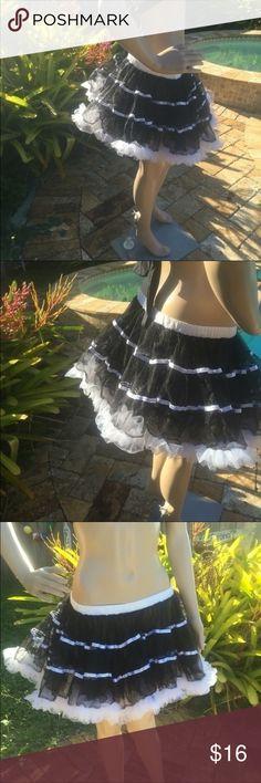 Host PickBlack and White Tutu Skirt Black and white 100% polyester tutu skirt French Maid Costume  Ballerina Skirt Skirts Mini