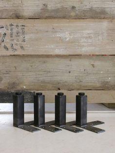 ≪鉄脚≫【無塗装黒皮仕様/□40/16cm/ビス付/4本1セット】