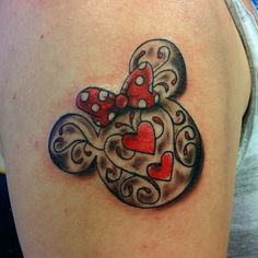 Minnie Mouse pattern done by @dltattoos_melissa #inkeddisney