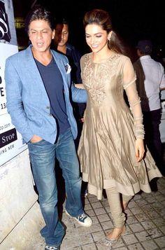 Shah Rukh Khan and Deepika Padukone at the special screening of 'Chennai Express' #Bollywood #Fashion