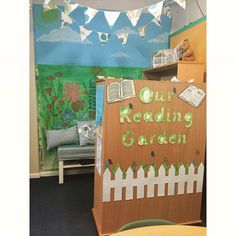 Use the Reading Garden Display pack to make an awesome area your class to read! Thanks to one of members for sending it in.