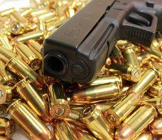 Glock 21 Find our speedloader now!  http://www.amazon.com/shops/raeind