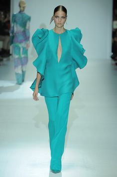 ~  Spring 2013 Trend: For the Frill of It All  (Gucci RTW Spring 2013)  ~
