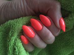 Summer Neon nails 😍beautiful love it 💅🏼