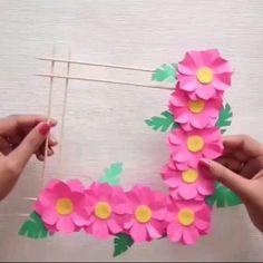 Paper Flower Bouquet Craft for Kids Papierblumenstrauß Basteln für Kinder Pop Up Flowers, Paper Flowers Diy, Flower Crafts, Butterfly Crafts, Diy Paper, Diy Home Crafts, Handmade Crafts, Art For Kids, Crafts For Kids