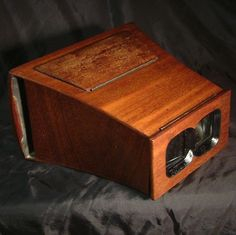 ANTIQUE c1870 MAHOGANY STEREO VIEWER STEREOSCOPE Brewster / Holmes size cards (eBay Link)