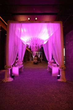 Rohit Bal Luxury Weddings , floral arrangements, flowers , jasmine , canopy , mandap , traditional , ceiling decor , drapes , decor , wedding decor , entrance , white , exotic