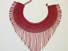 Semilla roja collar el collar. Moldeado a mano en Santiago Atitlán. Impresionante en todos los sentidos. Etsy, Tango, Beading, African, Inspiration, Jewelry, Handmade Gifts, Awesome, Santiago