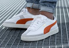 Puma Sneakers Shoes, Mens Puma Shoes, Pumas Shoes, White Sneakers, Sneakers Fashion, Suede Creepers, Puma Suede, Baskets, Fresh Shoes