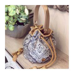 Tellement mignon💫 @pompa_rosa • www.pomparosa.com • +(57)3007731495 • . . . . . .  #pomparosa  #fashion #style #cute #photooftheday #beauty… Bucket Bag, Bags, Beauty, Style, Fashion, Totes, So Cute, Handbags, Swag