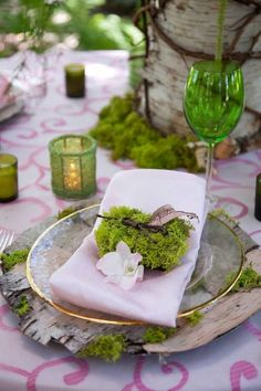 Photo Inspiration of the Day: A Lovely Place Setting With Moss Covered Place Holder