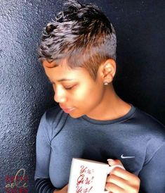 Short Relaxed Hairstyles, Edgy Short Hair, Black Women Short Hairstyles, Girls Short Haircuts, Short Hair Cuts For Women, Short Hair Styles, Short Cuts, Bald Hair, Gorgeous Hair