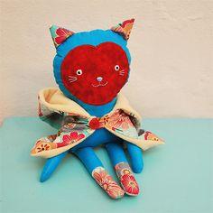 cat doll Markéta / Břichopas
