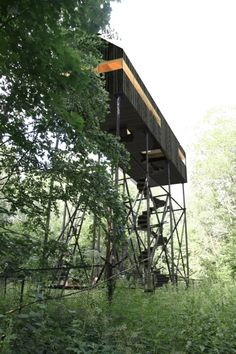 Дом охотника / Temporary house by Ruetemple // http://ruetemple.ru/dom_ohotnika
