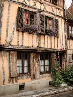 Day 4: Made our way to Vernon to get to Monet's Garden - Medieval dwelling in Vernon, région d´Eure, Haute-Normandie, Francez