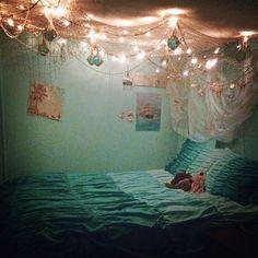 Beach themed bedroom - Sweet Mermaid Themes Bedroom Ideas For Your Children Teen Girl Bedrooms, Big Girl Rooms, Master Bedrooms, Bedroom Themes, Bedroom Decor, Bedroom Ideas, Bedroom Ceiling, Bedroom Green, Wood Bedroom