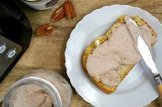 Vegan pecan/kaasspread - Monique van der Vloed French Toast, Lunch, Breakfast, Desserts, Spreads, Tailgate Desserts, Lunches, Dessert, Deserts