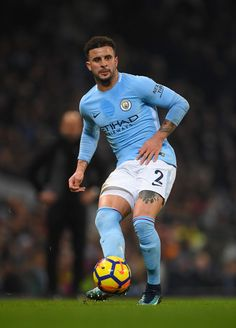 City player Kyle Walker in action during the Premier League match between Manchester City and Newcastle United at Etihad Stadium on January 20, 2018 in Manchester, England. - 157 of 178