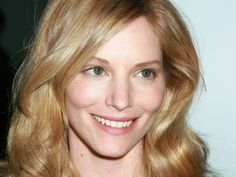 pictures of sienna guillory Sienna Guillory, Beautiful People, Beautiful Women, Jill Valentine, English Actresses, Face Claims, Resident Evil, Famous Faces, Celebrities