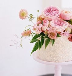 For summer weddings, have your cake—and flowers, too.