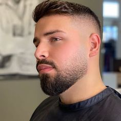 buzzcut barbershop long hair and lack of hair. willingly or forcefully and everything else that interests me Faded Beard Styles, Beard Styles For Men, Hair And Beard Styles, Short Beard Styles, Mens Hairstyles With Beard, Cool Short Hairstyles, Haircuts For Men, Beard Fade, Beard Look