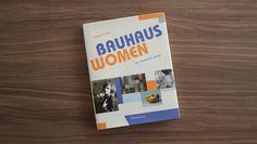 Martes de Libro: Las Mujeres del Bauhaus, pioneras del diseño  Relegadas en la historia del diseño un grupo importante de mujeres sentó precedente al estudiar en esta mítica escuela  http://www.podiomx.com/p/martes-de-libro.html