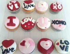 Cupcakes sabor vainilla y chocolate/ Fondat/ San valentin/ Love/
