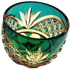 Glass Vessel, Glass Ceramic, Art Of Glass, Cut Glass, Glass Bottles, Perfume Bottles, Japan Image, Tiffany Glass, Shades Of Green
