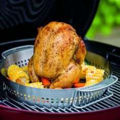 Beer Can Chicken, Honey Chicken, Weber Grill Accessories, Flat Top Grill, Grill Basket, Backyard Cookout, Grilled Chicken Recipes, Cooking With Kids, Roasted Vegetables