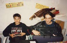 Happening di fumetti e illustrazione underground, CSOA Forte Prenestrino, 1994. Nella foto da sinistra Marco Teatro e Maurizio Ribichini