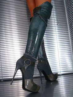 Blue Sexy boot *Visit board - best shoes, boots heels ♡ send me a message to be added* Thigh High Boots, High Heel Boots, Knee Boots, Heeled Boots, Bootie Boots, Botas Sexy, Talons Sexy, Hot Heels, Sexy Boots