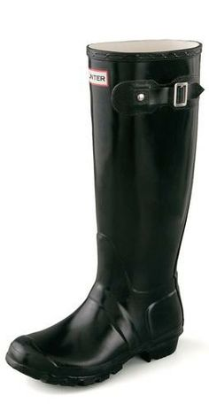 Hunter Boots #currentlyobsessed FASHION   20 Winter-Perfect Boots You'll Want www.boemagazine.com #fashion #style #boots #shoes #footwear #winter #warm