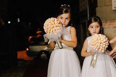 Buquês de marshmallow para as daminhas - Luiza e Rodrigo - Bouquet de marshmallow - Daminhas - Dama de honra - Wedding - Ideias criativas para casamento -