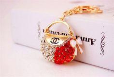 High Quality New Handbag Key Chain Brand Keyrings Rhinestone Fashion Metal Car Keychain Women Gift Key Ring Bag Charms Pendant