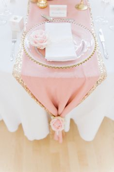 FLOWERS AND EVENT STYLING BY FLEUR COUTURE GOLD LUXURY WEDDING SETTING WITH MERCURY CENTREPIECE, CHIFFON, BLUSH, CANDLES, SEQUIN CLOTH, ROSE GOLD, GATSBY, GOLD BEADED CHARGER PLATE, ROSE PLACE SETTING IMAGE BY SDS PHOTOGRAPHY STATIONARY BY THE LITTLE LOVE CARD COMPANY
