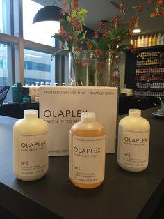 Olaplex trata enquanto descolore.