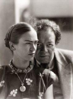 Frida Kahlo and Diego Rivera, Mexico 1933 -by Martin Munkácsi