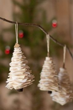 Making (and then hanging) these adorable felt trees ~~ is an easy craft for the…