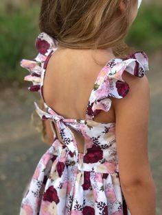 African Dresses For Kids, Little Girl Dresses, Flower Girl Dresses, Little Girl Dress Patterns, Baby Girl Dress Patterns, Little Girl Fashion, Kids Fashion, Baby Dress Design, Kids Frocks
