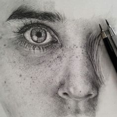 Incredible Photorealistic Drawings Beautifully Capture Fine Facial Details - My Modern Met
