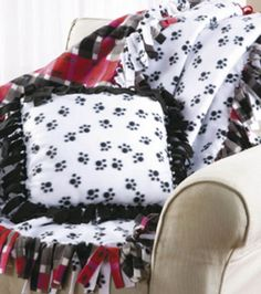 No-Sew Fleece Blanket & Pillow