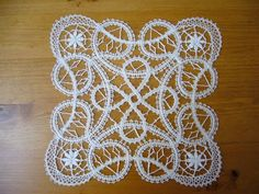 Downloads_1 - Blanca Torres - Picasa Webalbums Bobbin Lace Patterns, Lacemaking, Hand Embroidery, Crochet, Inspiration, Bruges, Point, Albums, Macrame
