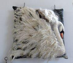 Wet felt/needle felt swan pillow cushion cover More Felt Cushion, Felt Pillow, Cushion Pillow, Needle Felted Animals, Felt Animals, Nuno Felting, Needle Felting, Felt Pictures, Wool Art