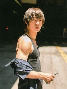 Human Poses, Male Poses, Pretty Boys, Cute Boys, Boy Meets Girl, Japanese Boy, Kubota, Jimin, Man Photo