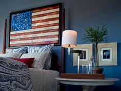 Pro-active americana country home decor Please see Patriotic Bedroom, Americana Bedroom, Blue Space, Country Style Homes, Country Life, Blue Rooms, Hgtv, Decor Styles, Design Styles