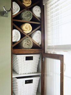 Make it easy to share a space - Gotta love the clever storage... Midwest Living