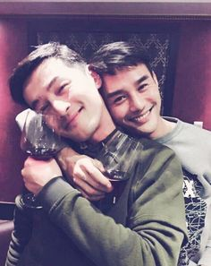 Bromance! I love these two in Nirvana in Fire!