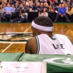 Courtney Lee is about to check in...