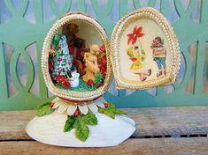 Vintage Goose Egg Diorama Farmhouse Christmas Decoration Mid